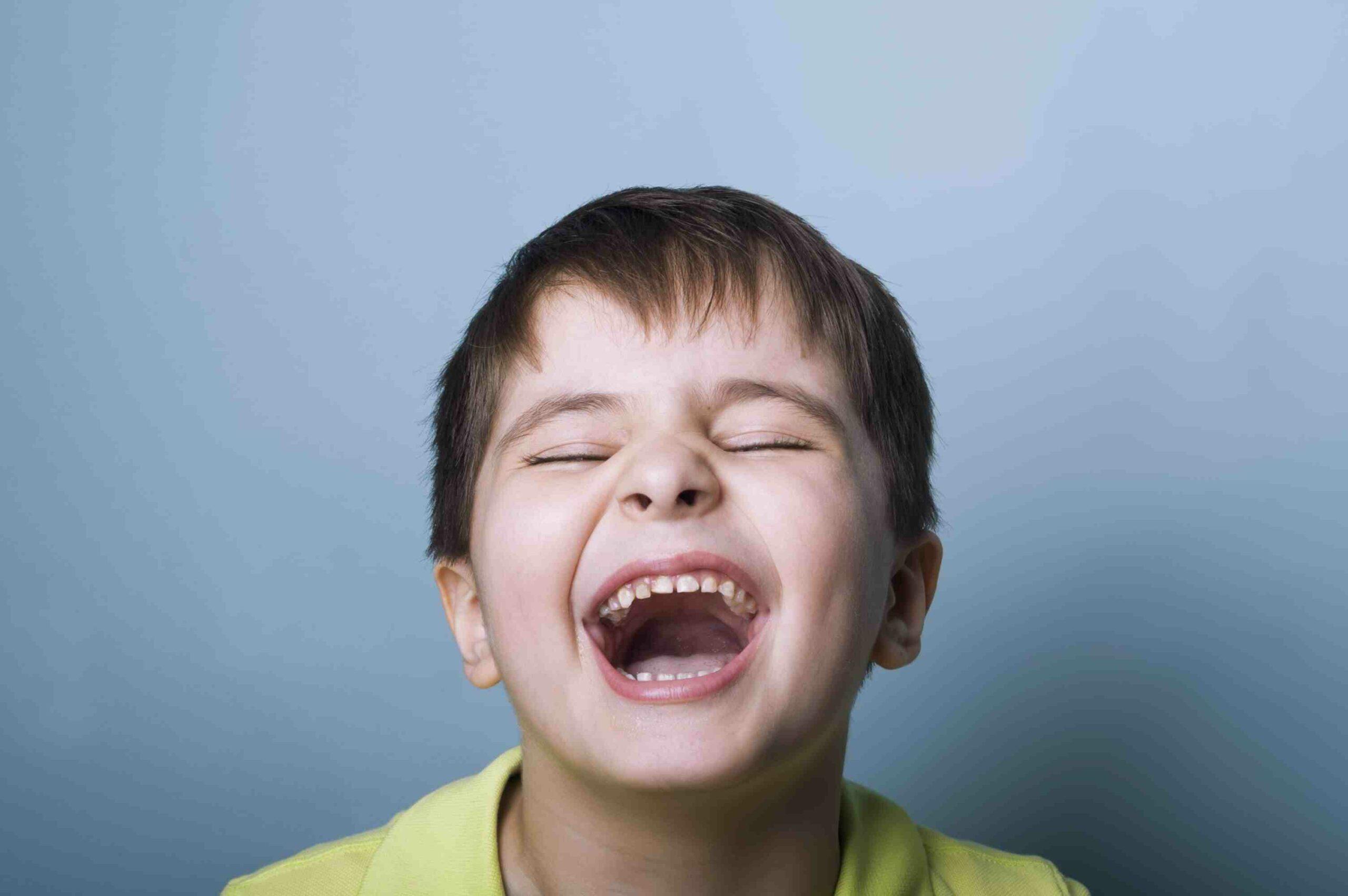 Comment changer sa façon de rire