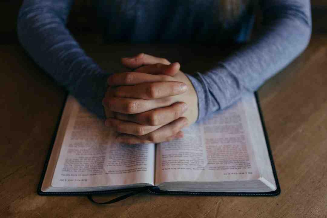 Comment citer la Bible selon la norme MLA